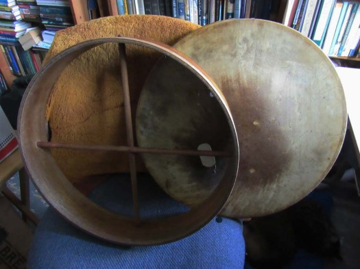 A drum and a rim